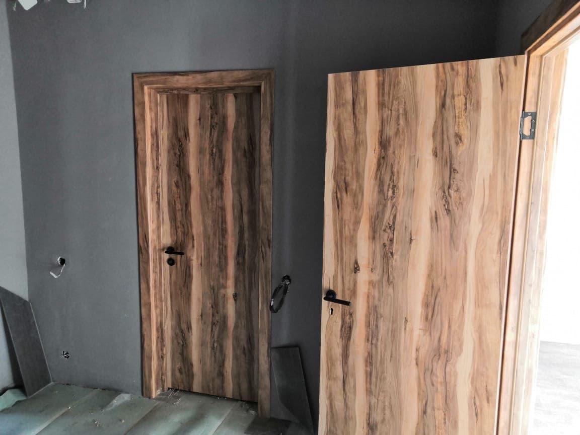 Запущены в производство двери для гостиниц в Кемеровской области